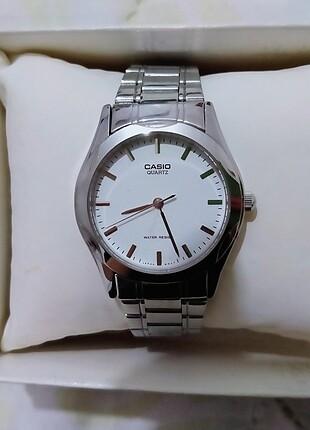 Casio gümüş renk saat