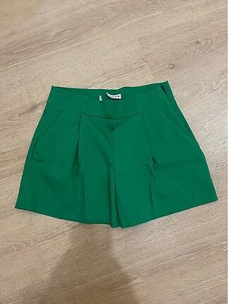 Zara Yeşil Şort