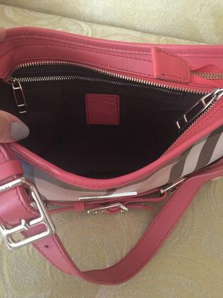 Burberry pembe canta