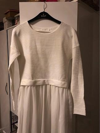 Beyaz tüllü sweatshirt