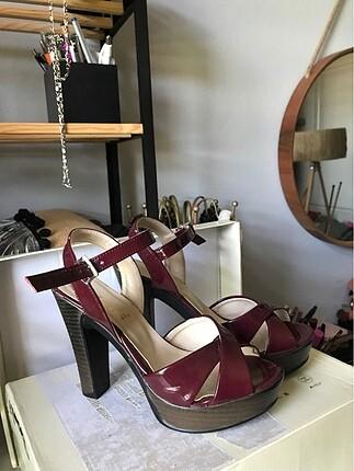 Bordo Bayan Topuklu Ayakkabı