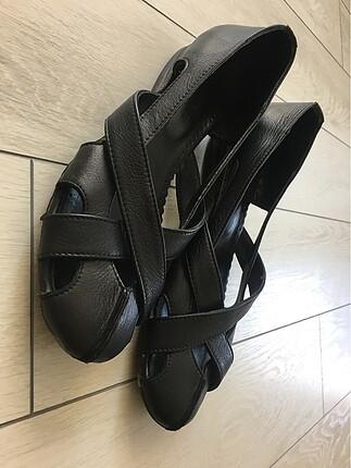 hakiki deri siyah sandalet ayakkabı