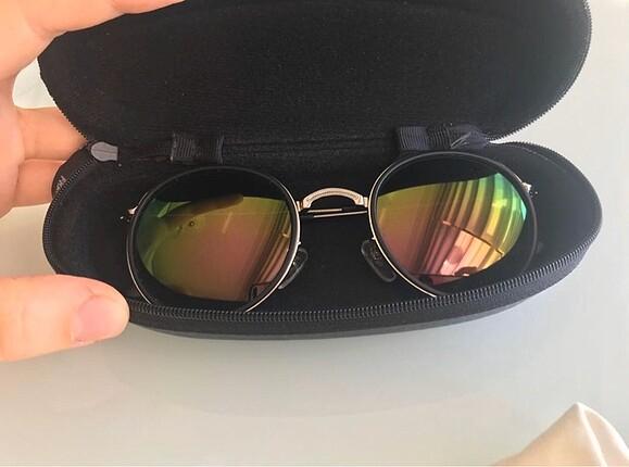 Güneş gözlüğü orijinal