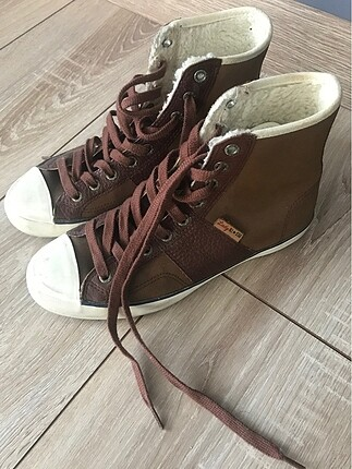 Converse kışlık ayakkabı