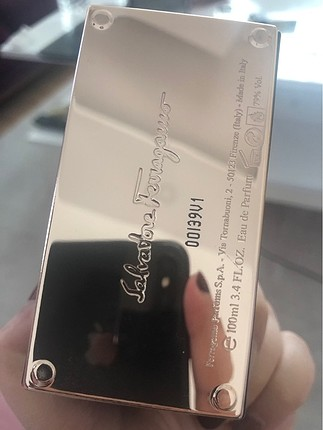 Beden Salvatore ferragamo parfüm