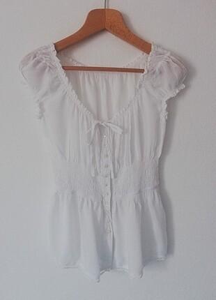 Yazlık beyaz bluz