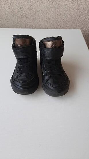 Super bir ayakkabi