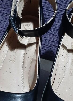 38 Beden siyah Renk Dolgu topuklu siyah deri ayakkabı