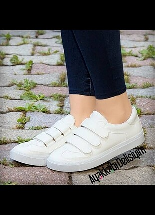 3 bantlı Spor ayakkabı