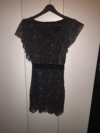 Mini elbise hem şık hem günlük