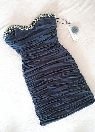 Streç kumaşlı kısa elbise