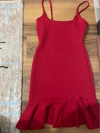 Zara Kırmızı elbise