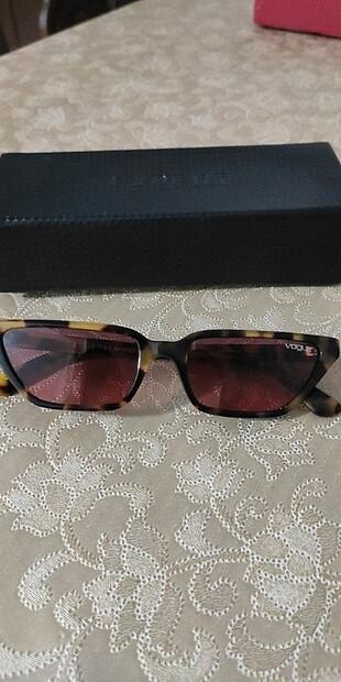 Gigi Hadid Güneş Gözlüğü