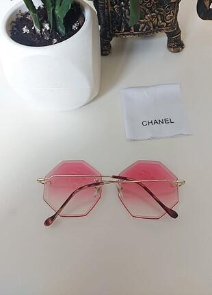Beden pembe Renk Chanel güneş gözlügü