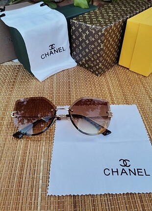 Beden Chanel güneş gözlügü