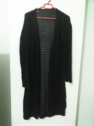 uzun siyah hırka :)