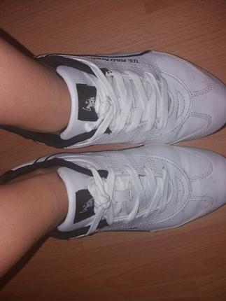 spor ayakkabı orjinal üründür