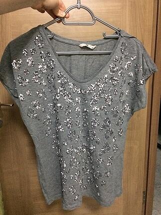 Gümüş nakışlı basic tshirt