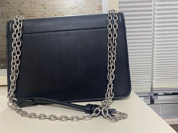 Beden siyah Renk Stradivarius siyah zımba detaylı çanta