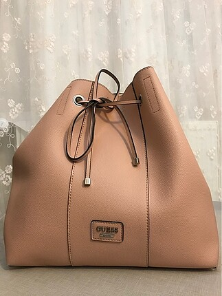 Guess pembe çanta