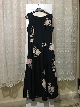 Uzun elbise çiçek desenli