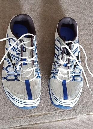 Özel koşu-spor ayakkabısı