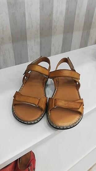 Taba rengi sandalet