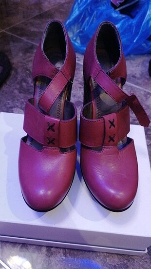 Beta gerçek deri kırmızı topuklu ayakkabı