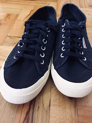 Lacivert superga ayakkabı