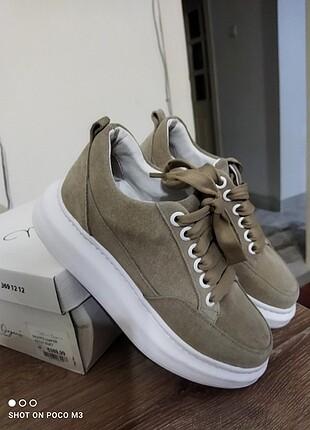 Spor ayakkabi