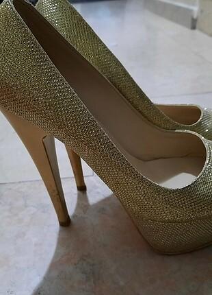 Bayan gece ayakkabisi
