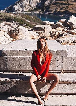 s Beden Tiny red monica bodysuit