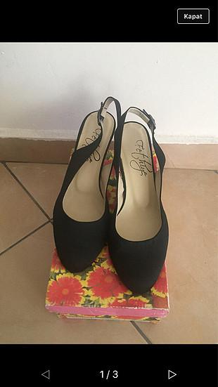 Saten ayakkabı