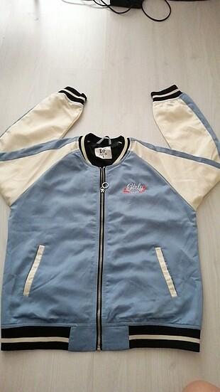 l Beden İşlemeli spor şık ceket