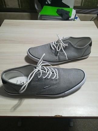 Gri-Beyaz sağlam ayakkabı HERİTAGE