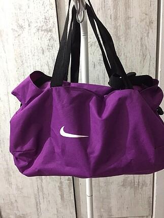 Spor çantası