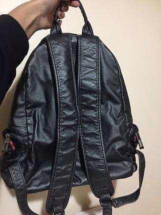 Kullanışlı şık sırt çantası