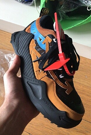 Off-White / sneakers 36-37-38-39-40
