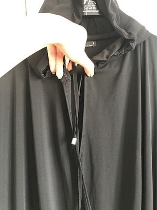 m Beden siyah Renk zara kapişonlu elbise