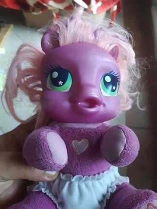 Konusan bebek pony