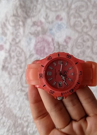 Ice watch saat