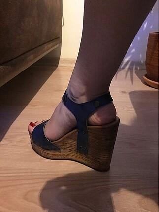 37 Beden Mavi Dolgu Topuk Ayakkabı