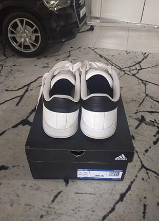 44 Beden beyaz Renk Orjinal erkek spor ayakkabı