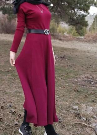 Triko bordo elbise