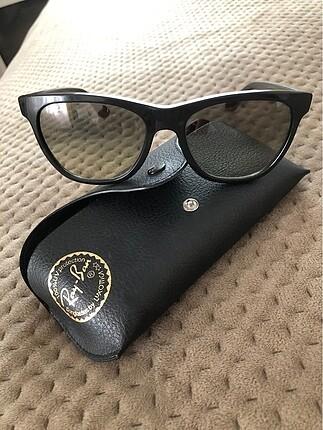 Rayban polarize gözlük