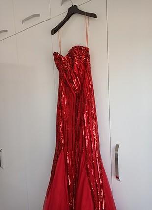 Elbise 1-2 defa giyilmis