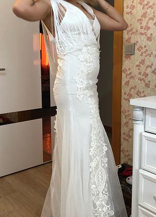 Tuvanam beyaz elbise