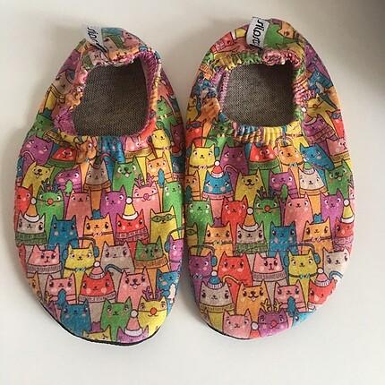 Slipstop 21-23 numara kız sandalet