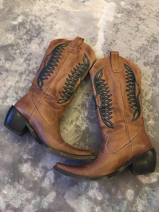 Kovboy çizmesi