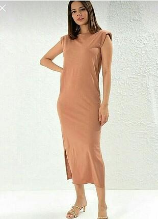 Nude uzun elbise